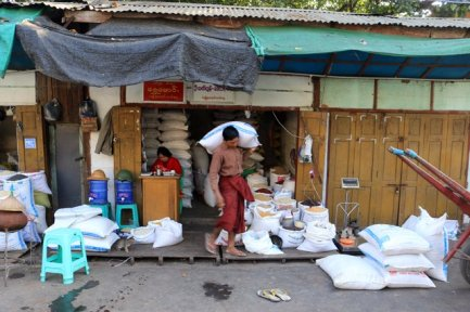 Au marché de Jade de Mandalay - l'autre ailleurs au Myanmar (Birmanie) et Thaïlande, une autre idée du voyage