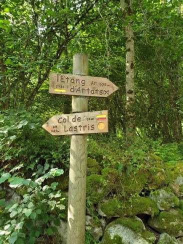 randonnées dans les Pyrénées (étang d'Artats, près de Tarascon sur Ariège) - l'autre ailleurs, une autre idée du voyage