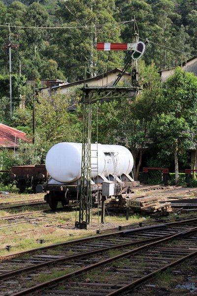Gare de Nanu Oya, les voies de garage - l'autre ailleurs au Sri-Lanka, une autre idée du voyage