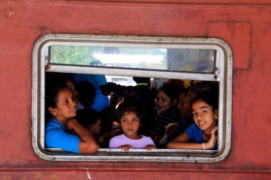 Gare de Nanu Oya, wagon de 3 ème classe - l'autre ailleurs au Sri-Lanka, une autre idée du voyage