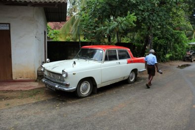 l'auto à Mirissa - l'autre ailleurs au Sri-Lanka, une autre idée du voyage