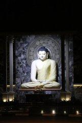 Bouddha dans la ville de Dambulla - l'autre ailleurs au Sri-Lanka, une autre idée du voyage