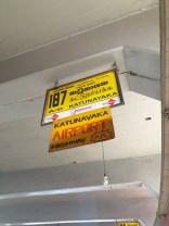 attente du bus vers l'aéroport de Colombo - l'autre ailleurs au Sri-Lanka, une autre idée du voyage