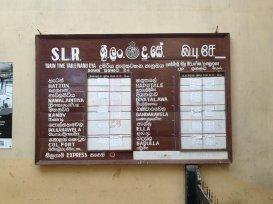 dans la gare de Nuna Oya - l'autre ailleurs au Sri-Lanka, une autre idée du voyage