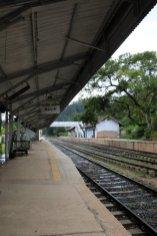 En gare d'Ella - l'autre ailleurs au Sri-Lanka, une autre idée du voyage
