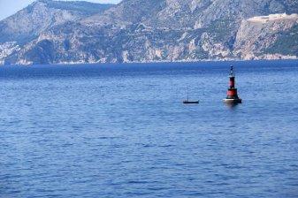 bouée au large de Cavtat - l'autre ailleurs en Croatie, une autre idée du voyage
