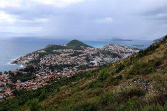 Dubrovnik vue d'en haut - l'autre ailleurs en Croatie, une autre idée du voyage