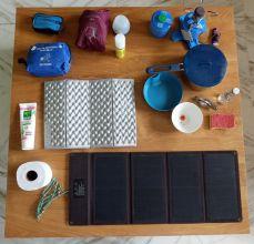 Les accessoires du campeur - l'autre ailleurs en Vélo, une autre idée du voyage (www.autre-ailleurs.fr)