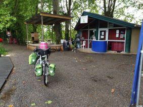 près de Marmande (47), un camping fort sympathique à Meilhan sur Garonne (47) - l'autre ailleurs en Vélo, une autre idée du voyage (www.autre-ailleurs.fr)