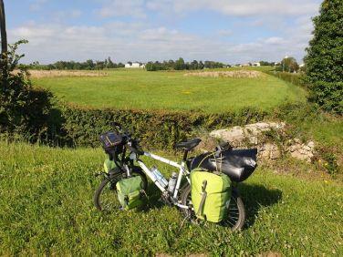 à St Esptèphe (33) encore un joli nom - l'autre ailleurs en Vélo, une autre idée du voyage (www.autre-ailleurs.fr)