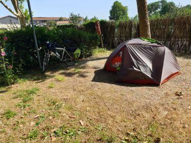 """au camping municipal """"Le Rayonnement"""" de Rochefort (17) - l'autre ailleurs en Vélo, une autre idée du voyage (www.autre-ailleurs.fr)"""