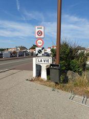 passer le pont de la Vie sans trépasser, Saint-Gilles-Croix-de-Vie (85) - l'autre ailleurs en Vélo, une autre idée du voyage (www.autre-ailleurs.fr)