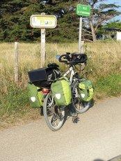 quittant Saint-Gilles-Croix-de-Vie (85) - l'autre ailleurs en Vélo, une autre idée du voyage (www.autre-ailleurs.fr)