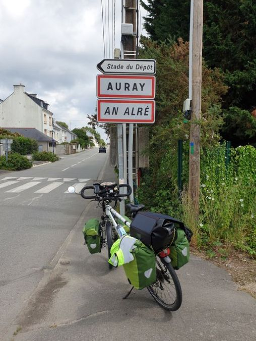 Auray (56) me voilà - l'autre ailleurs en Vélo, une autre idée du voyage (www.autre-ailleurs.fr)