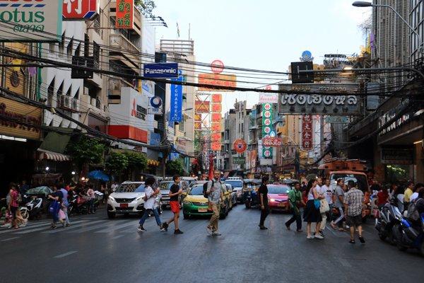 dans Chinatown, le quartier chinois de Bangkok - l'autre ailleurs au Myanmar (Birmanie) et Thaïlande, une autre idée du voyage