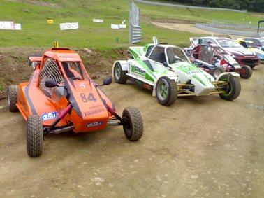 Buggys sur le circuit d'Autocross de Saint Martin Valmeroux