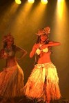 Hevai I Tahiti, troupe polynésienne, aux théâtre d'Aurillac, semaine des îles, étudiante (Cantal)