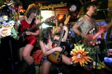 Suprêmes de Dindes en concert à Maurs, Cantal