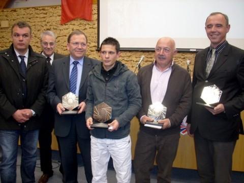 Bernard Bouniol et les lauréats des trophées de l'entreprise 2009