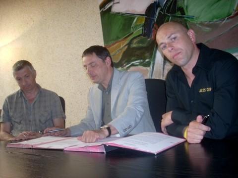Signature de la convention entre la Ville d'Aurillac et Aces Events