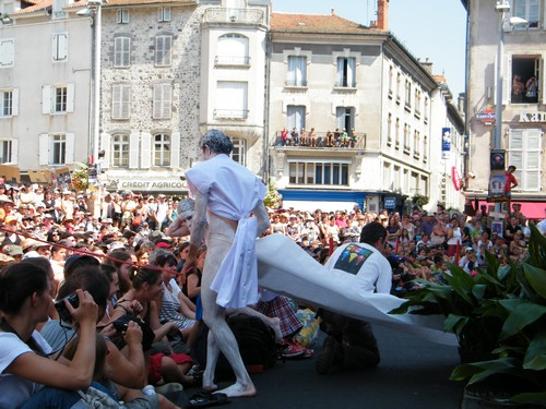 Un lancement 2009 avec bain de foule