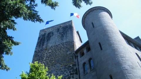 Visite de la Tour du Château de St Etienne à Aurillac avec le CPIE