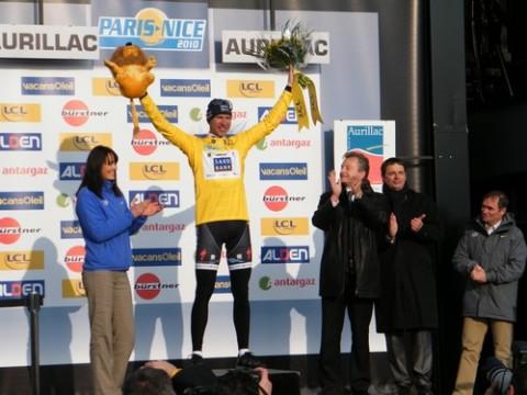 Jens Voigt maillot jaune à Aurillac pour le Paris Nice 2010