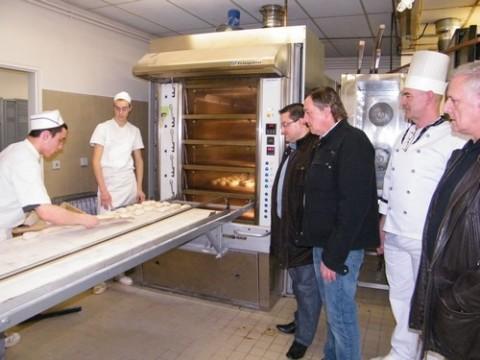 Professeur, Professionnels et Apprentis en boulangerie à l'IFPP