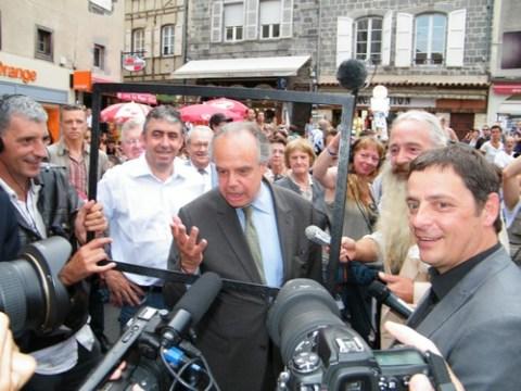 Frédéric Mitterrand à Aurillac pour le festival 2010