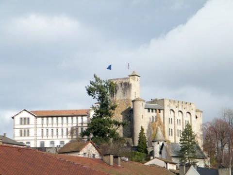 Muséum des volcans au Château de St Etienne à Aurillac