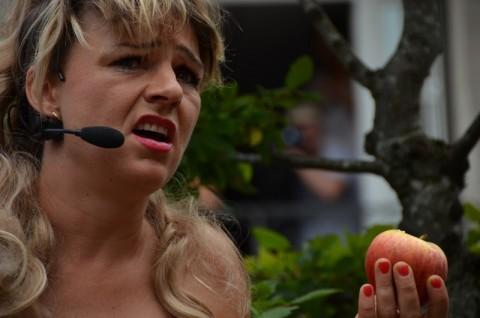 Lancement du festival 2012, Eve va t-elle croquer la pomme?