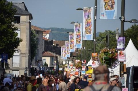 Préalables du festival de théâtre de rue d'Aurillac