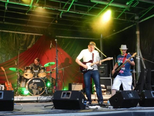 Fête de la musique 2014 à Aurillac Cantal (goupe 5€20)