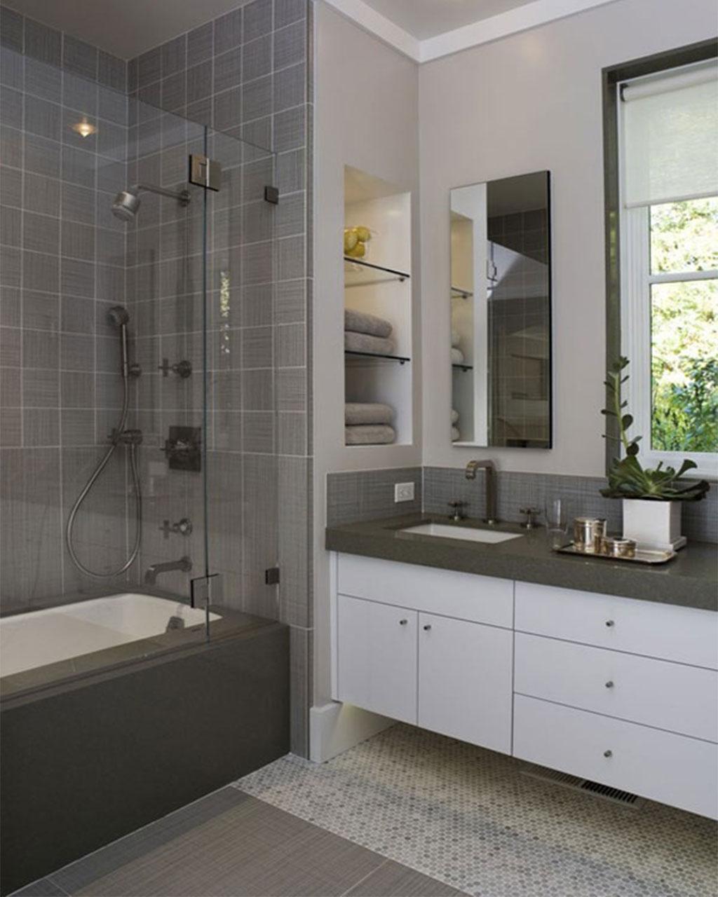 30 Best Small Bathroom Ideas on Small Space Small Bathroom Ideas With Shower id=35949