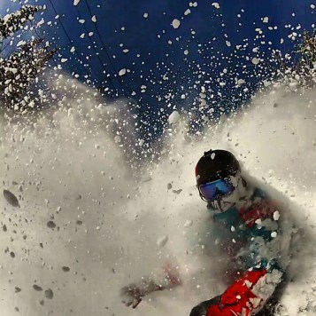 AVALON7 snowboarding- facemask testing