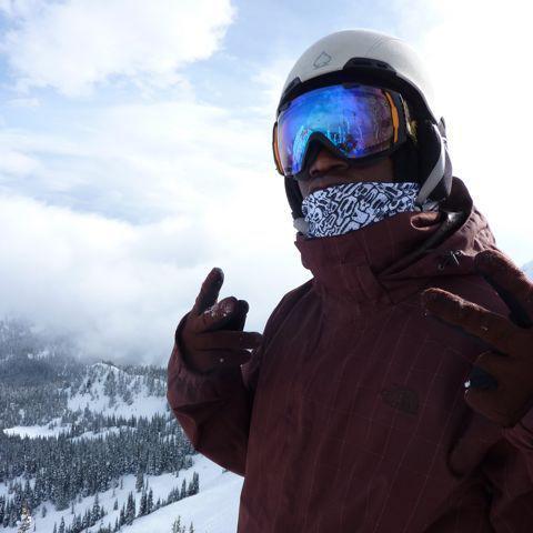 AV7 Skull snowboard bandana