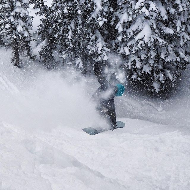#A7Renegade @richiebeats throws some magic sparkles so he can hover over the rocks hiding somewhere in the landing today @jacksonhole.  Float like a butterfly sting like a bee. #avalon7 #liveactivated #snowboarding Get some rad limited edition #stockingstuffers at www.a-7.co