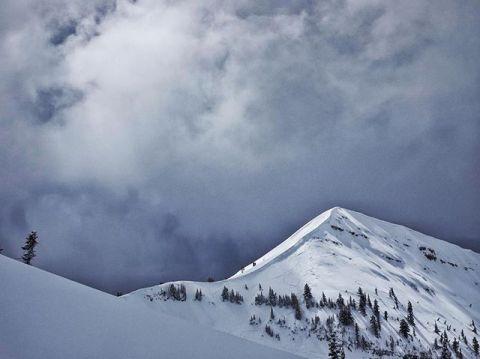 The magic of springtime @grandtargheeresort. The seasons changing create such new energies an new opportunities! #welovemtns #seekthestoke #inspiredstate #snowboarding #skiing