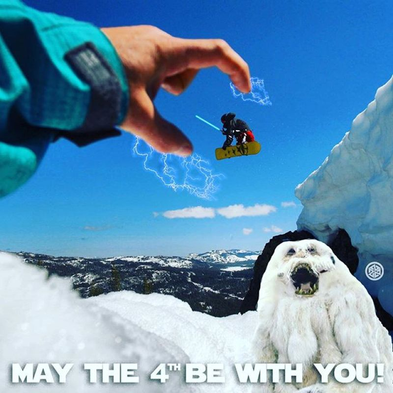 That one time @mikebasich used the force on @robkingwill at Area241.  #maythe4thbewithyou #seekthestoke #snowboarding #wampa @241clothing @avalon7