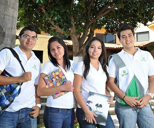 Beca Salario a estudiantes de las universidades públicas del estado