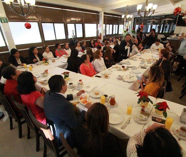 """""""La Participación Activa de la Mujer en Morelos"""""""
