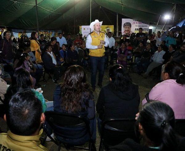 la toma de protesta de Wendy Eréndira Cervantes Chávez como nueva presidenta del Comité Ejecutivo Municipal en Tlalnepantla, Octavio Guerrero Peña en Totolapan, así como de Francisco Pedraza Cuadros en Tlayacapan