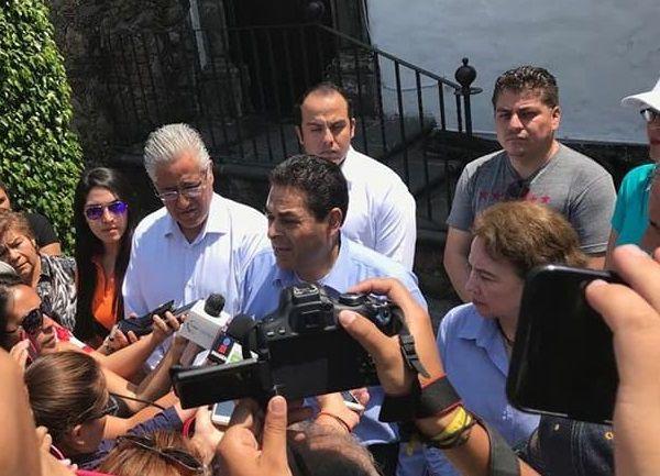 el presidente estatal de Nueva Alianza, Javier Bahena Cárdenas, desmintió a su candidato y puso en claro que desconocen quién es el responsable del atentado que sufrieron las oficinas que albergan a la dirigencia estatal