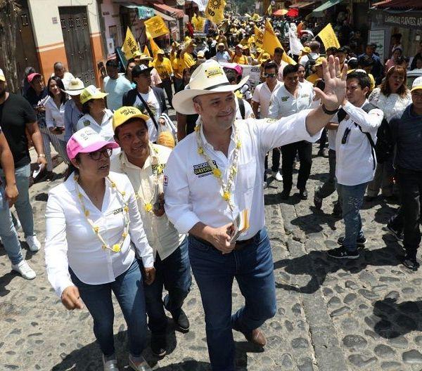 Rodrigo Gayosso Cepeda, candidato al gobierno de Morelos por los partidos de la Revolución Democrática y Socialdemócrata, anunció que durante su gobierno llevará a cabo la construcción un nuevo mercado gastronómico en Tepoztlán