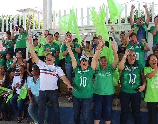 En Ocuituco fue recibida por más de 1,600 personas para escuchar sus propuestas rumbo la gubernatura; estuvo acompañada por Jesús Anzures, candidato a presidente municipal, y Claudia Covarrubias, candidata a Diputada local por el IV Distrito