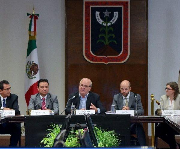 Sostuvo que quienes dicen que la deuda pública del estado asciende a más de 14 mil millones de pesos sólo pretenden generar ruido e impulsar un debate ocioso