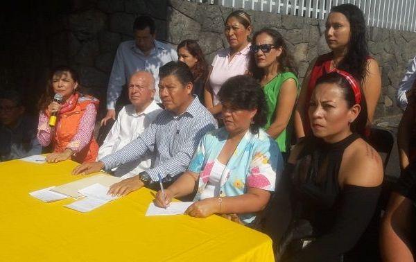El presidente del Sol Azteca, Matías Quiroz Medina, integrantes del Comité Ejecutivo Estatal y encargadas de las Estancias Infantiles, hicieron un enérgico llamado al presidente López Obrador para que dé marcha atrás a este recorte presupuestal