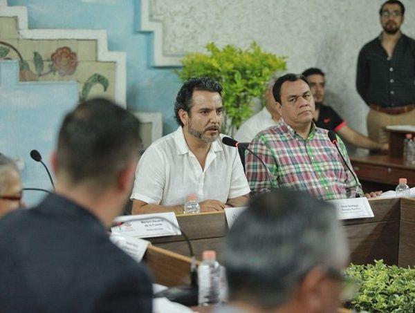 En la sesión extraordinaria de Cabildo, por mayoria se dio visto bueno a la convocatoria para que quienes aspiren a ser ayudantes municipales puedan registrarse cumpliendo con los requisitos que ordene la Junta Electoral Municipal que preside el alcalde Antonio Villalobos