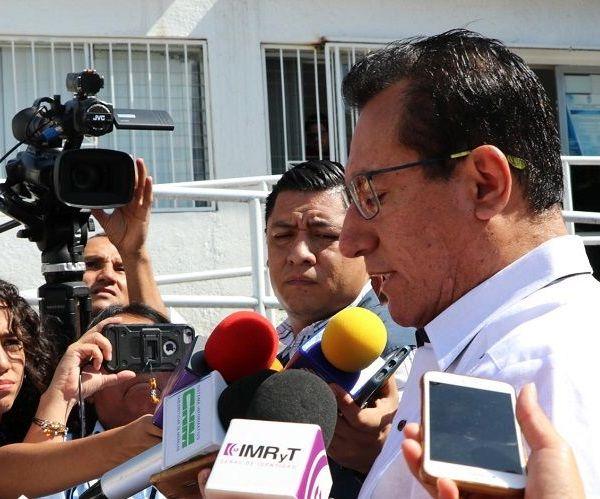 Asimismo, recordó que la Fiscalía Anticorrupción ya judicializó 11 carpetas de investigación; y adelando que cuatro exsecretarios del gobierno de Graco Ramírez serán notificados de los procesos que se siguen en su contra para que se presenten a declarar, ello derivado de las denuncias presentadas por la actual administración