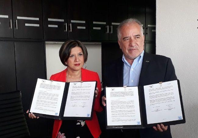 La titular del IMM, Flor Dessiré León Hernández, señaló que con este acuerdo se busca crear una maestría en género que será impartida en la UAEM, que permitirá obtener, en un lapso de tres a seis años, un cambio sustantivo en Morelos en las brechas de desigualdad y discriminación